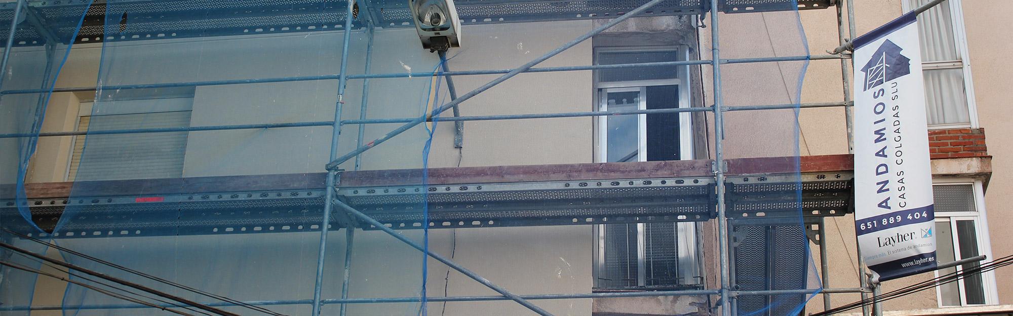 Andamios casas colgadas alquiler y montaje de andamios en for Alquiler de andamios en valencia