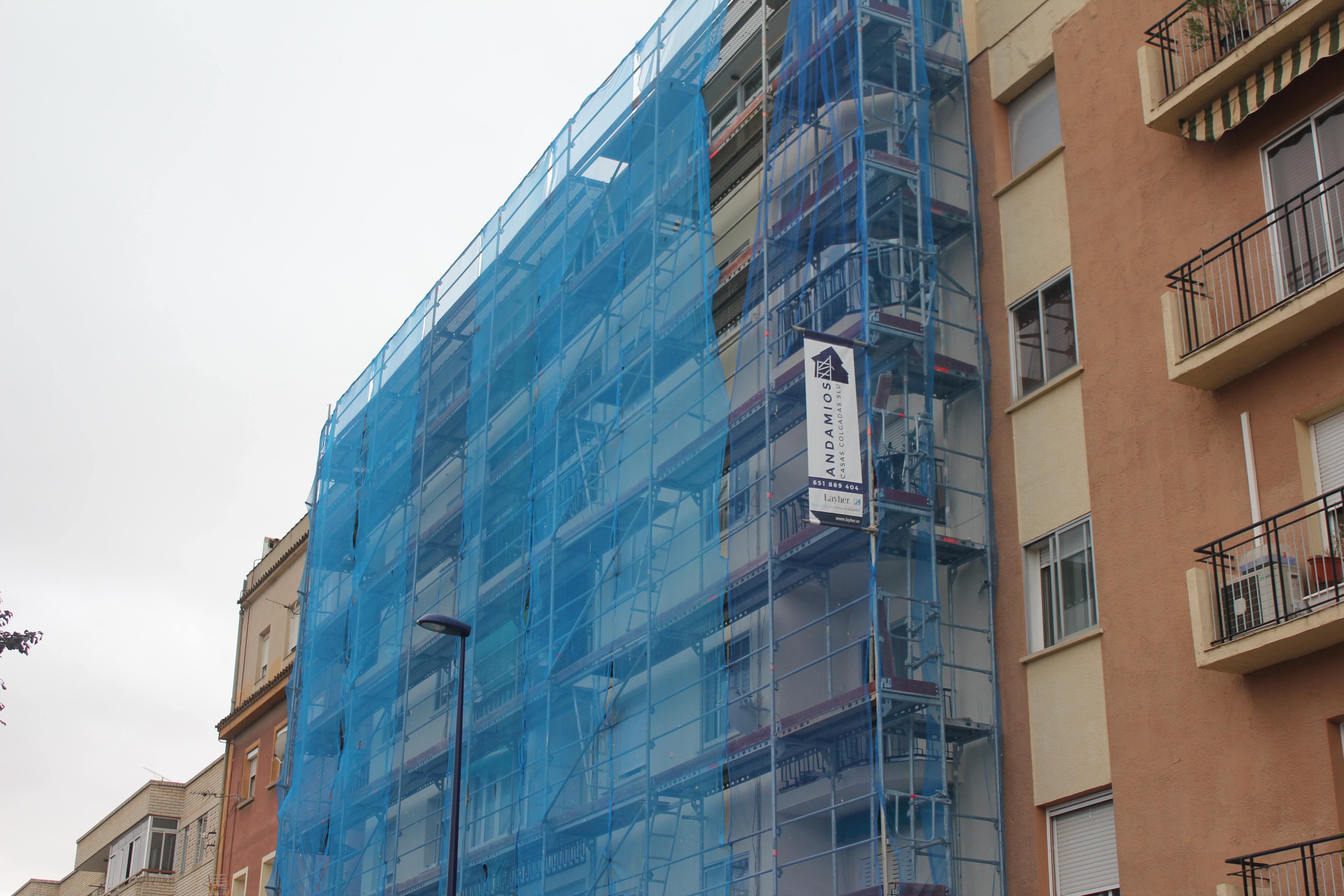 Andamio para restauración de fachada