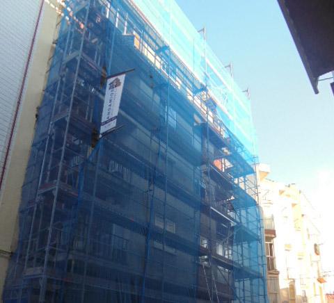 Andamio para acondicionamiento de fachada